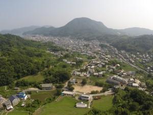 堀観音上空50mより、仁方全景を空撮。