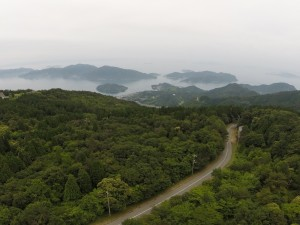 野呂高原ロッジ上空80mより蒲刈島を空撮。