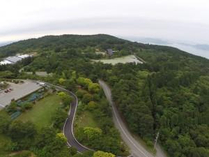 野呂山ビジターセンター氷池方面