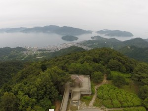 野呂山レストハウス上空50mより瀬戸内海を望む。